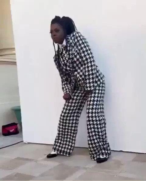 Get it sis! I luv it @violadavis 👸🏾 #BlackGirlMagic #GoinIN 🔥