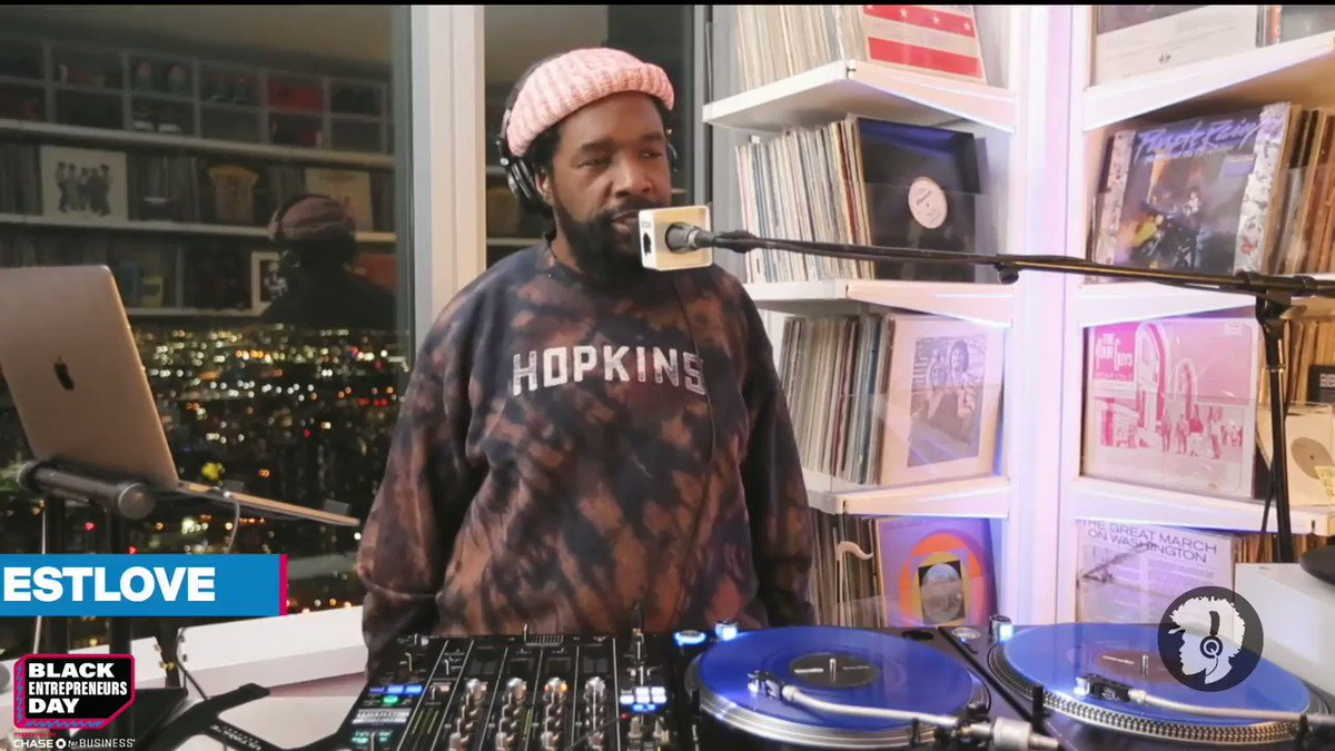 Our man @questlove kept the vibes right dropping some classics that had us dancing and singing along