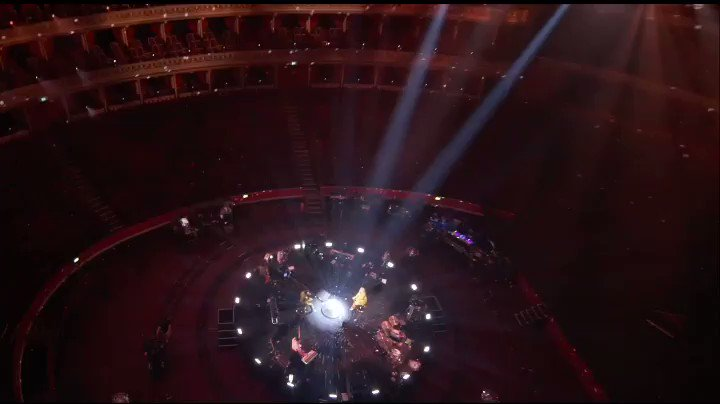 the most extra late night tv debut performance ever, live from the royal albert hall. thanks for having us @latelateshow @JKCorden and thanks for being a pal @NiallOfficial, i feel really lucky i got to do this with you