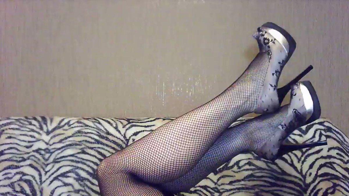 Model - Xena feet