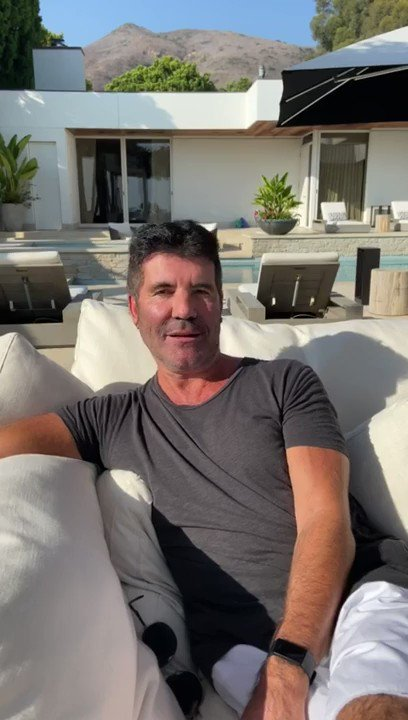 CALLING ALL @BGT FANS! This is your chance to hang out with @SimonCowell at the BGT Finals!  Simon's raising money for @Hopefield_Essex & giving you & your friends a chance to win this amazing prize!  Simon's here to tell you more 👇  Donate here: