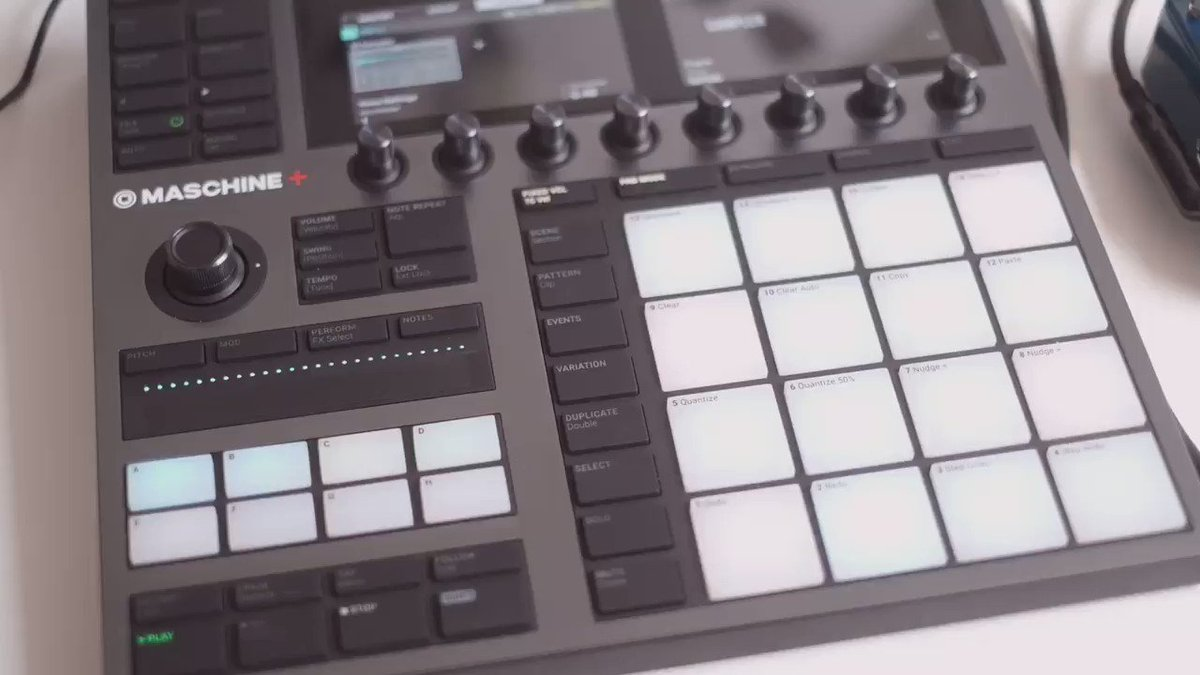 Wake-up call. @NI_News Maschine+ and @HologramElec Microcosm doing their thing on 1/4' tape. 🐓