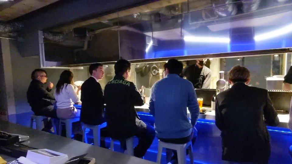TERIYAKIでは毎月、堀江貴文と最高級の肉や鮨を食べるイベントを開催しています。こちらは昨日開催された肉会の様子。この距離感で堀江氏とお話し頂けるのはここだけ...!次回、12/19(土)が年内最後の肉会です!貴重な体験ができるこの機会をお見逃しなく!@takapon_jp