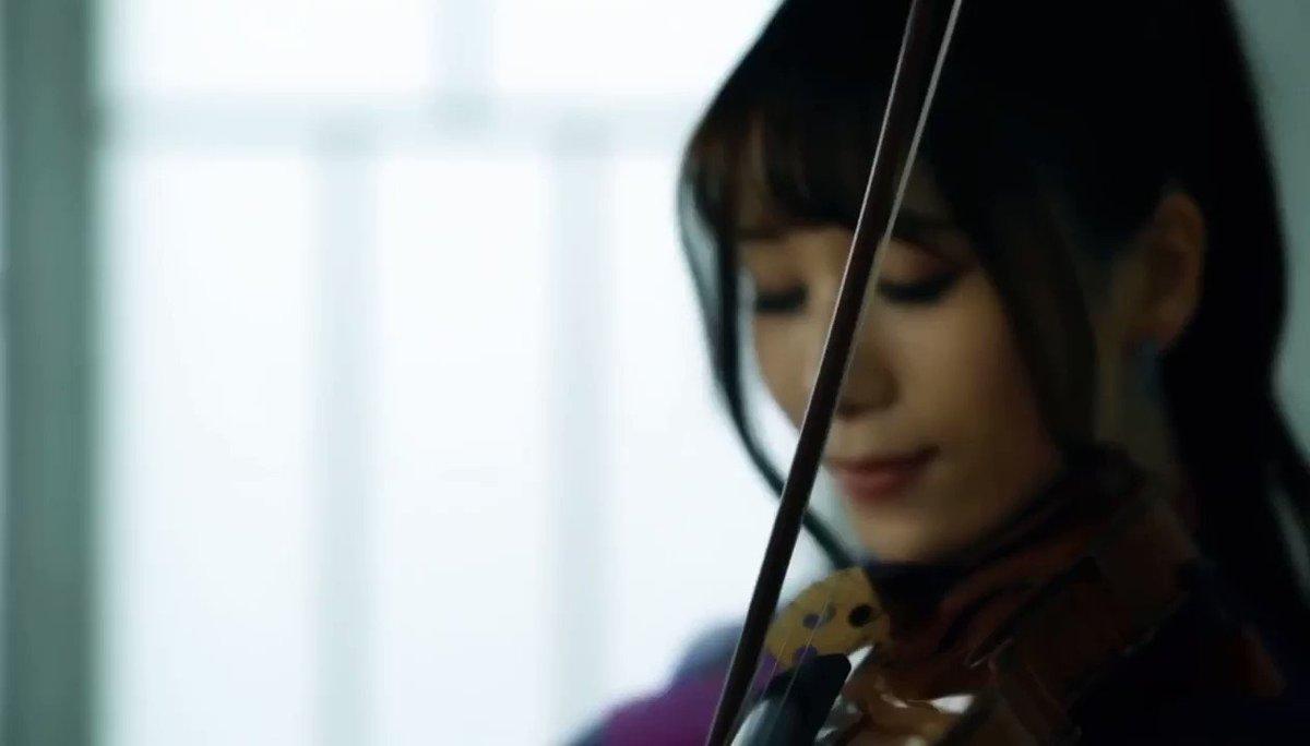 30万人以上の方々に聴いて頂き、ありがとうございます!!✨曲が本当に素晴らしくて、ぜひストラドで弾いてみたくなりました。☺️🎻↓世界最高名器ストラディヴァリウスで「夜に駆ける」演奏してみた/石川綾子  YOASOBI @YouTubeより