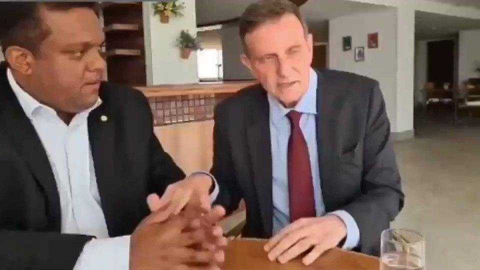 Crivella diz que eleição de Paes resultará em 'pedofilia nas escolas'.  Cadê a Justiça? Vai ficar calada contra esse sujeito escroto?