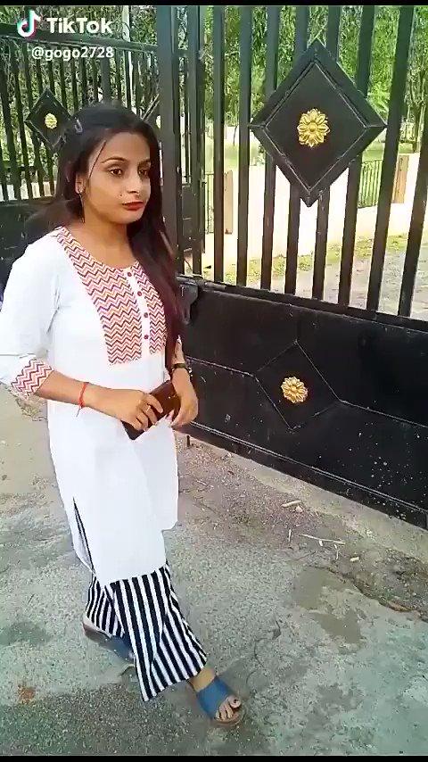Oh bhai. maaro mujhe maaro 🤣