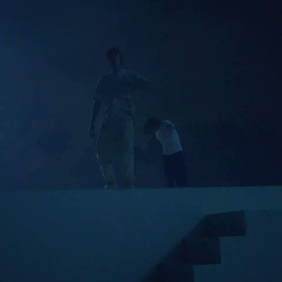 Le clip «Monster» de @ShawnMendes et @JustinBieber est dispo sur YouTube 👀  🎥