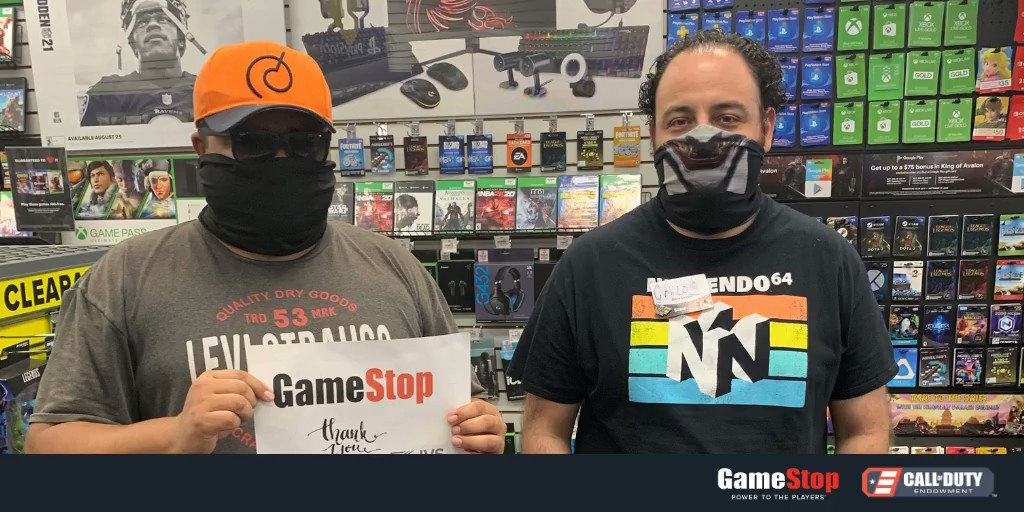 Veterans from our grantee charities stopped by to thank @GameStop team members for their support of the Round-Up for Charity program.  Since 2012, our partnership with @GameStop has helped 9,300+ vets overcome the obstacles of transitioning into civilian careers.