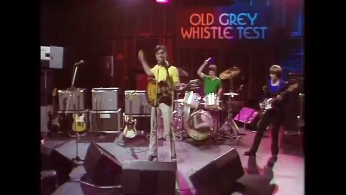 Happy birthday to the wonderful Tina Weymouth. Here are Talking Heads with Psycho Killer on OGWT in 1978