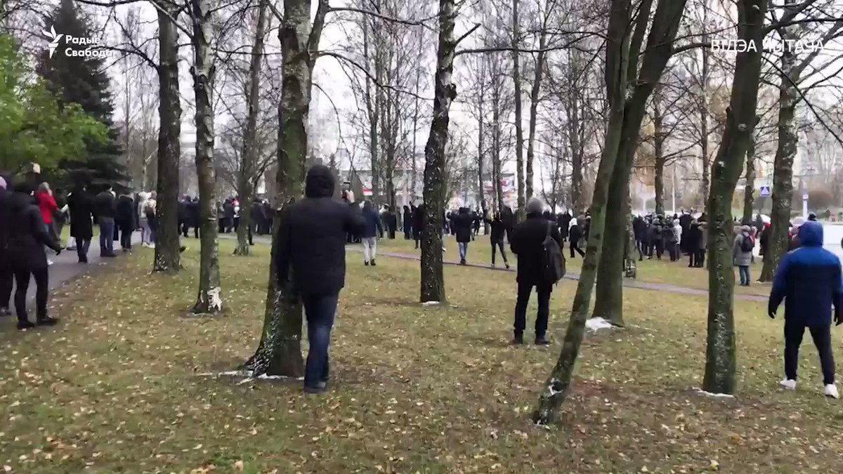#Belarus No fear. Security forces shot and deployed stun grenades. People did not move. Security forces had to return to their buses. Indeed, today there were many cases when police left - because people refused to run away. Nevertheless, at least 232 people have been detained