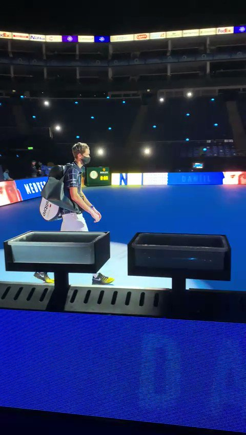 Here's Daniil 💪  @DaniilMedwed #NittoATPFinals https://t.co/S4PmmcFPGq