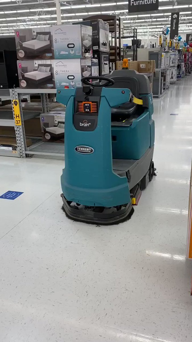Was greeted this morning at the Hendersonville, NC @Walmart by this autonomous floor cleaner. It scared the daylights out of me.