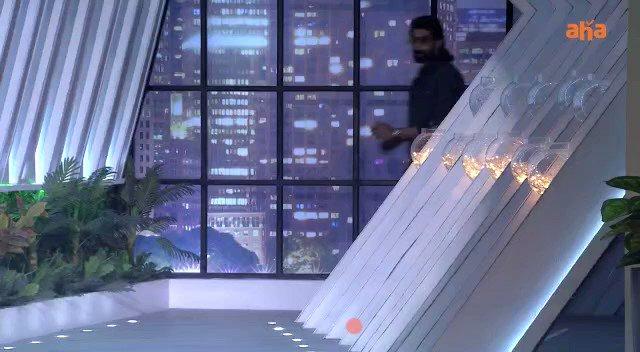 Here's a glimpse into episode 2 of #SamJam! Premieres Nov 27 on @ahavideoIN.  ⏩  #SamJamOnAHA   @RanaDaggubati @nagashwin7 @Samanthaprabhu2 @harshachemudu