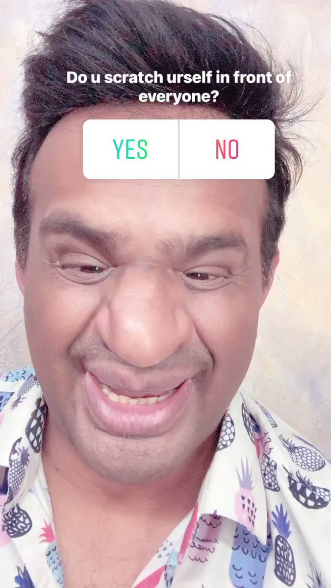 When Khujli happens,Do u scratch urself openly or control? Pls reply in 'Yes' or 'No'? 😂 Help me!  #SiddharthKannan #mondaythoughts #funny #comedy #trending #laugh