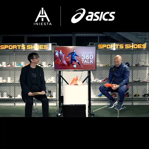 The other day I attended a '360Talk' event hosted by ASICS.  I talked about my past experience or the spikes I use among other topics, and I answered several questions from the young football players.  I hope they enjoyed as much as I did ☺️  #ULTREZZA #ASICSFOOTBALL