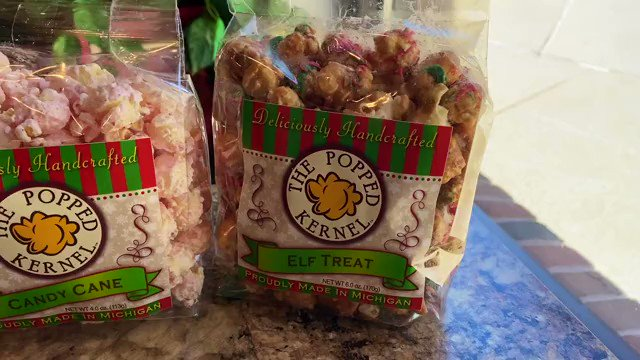 Who's ready for a sneak peek at some of our #deliciouslyhandcrafted Christmas popcorn?! 🎄🍿 #ThePoppedKernel #ChristmasGiftIdeas #HolidayPlanning #MondayMotivation
