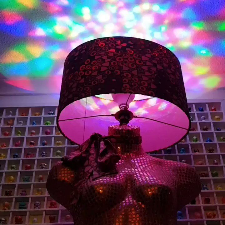 Dolly Pink 💗 #mannequinlamp  Absolutely rocking the disco bulb! Still time to enter the online draw, Just Giving Link in bio.  The winner will be chosen 3rd December and she can be delivered anywhere in the UK.  Good luck! ☘☘☘ . . . #wearitpink #BreastCancerNow #tuesdayvibe