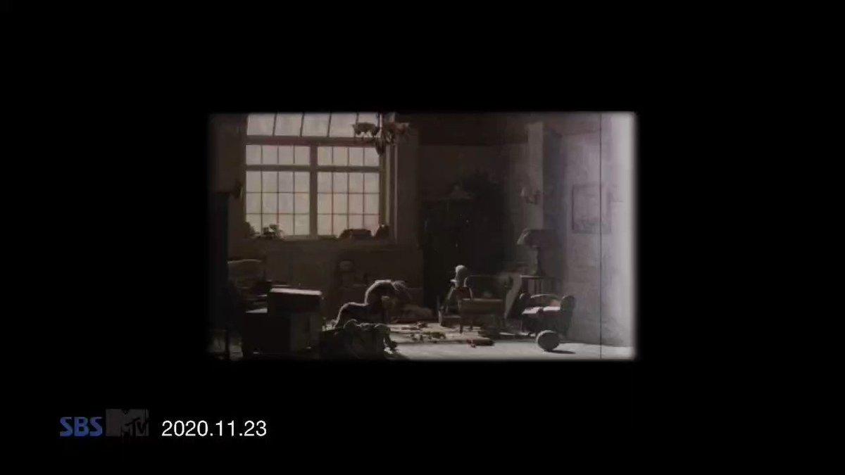 멤버들은 공포 이야기를 무서워했지만 뮤직 비디오 GIVEN-TAKEN의 콘셉트는 뱀파이어 + 카니발 / 할로윈 음악 (6번 트랙/아웃트로)과 같습니다. 이 개념에 대해 처음 들었을 때 어떻게 반응 했습니까?   #AskENHYPEN #TwitterBlueroom #ENHYPEN @ENHYPEN_members