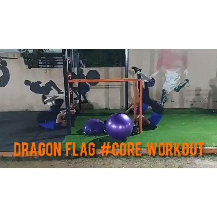 Boys day out with the super core session #coreworkout #core #dragonflag #fitnesstransformation #cricketer #strengthandconditioning #kreedakcentreforfitnessandsportsexcellence #KREEDAKfitnessnuitriton In frame : Swapnil Shinde   Gaurav Naidu   Abhishek Jangam   Mayank Lodha