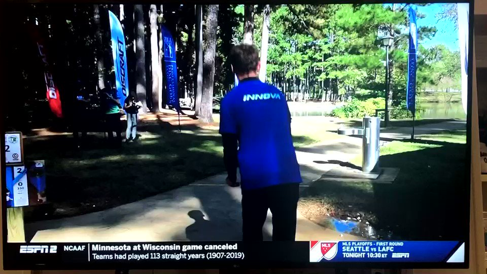 Image for the Tweet beginning: Watching @DiscGolfProTour championship on @espn