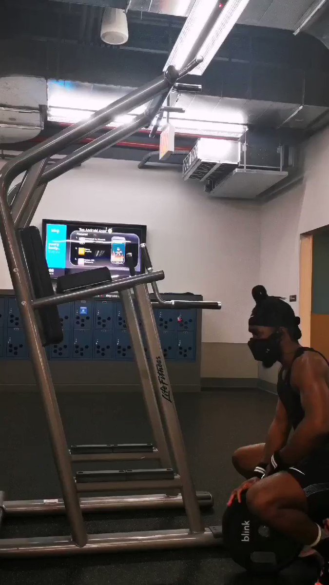 🔊 Nas - The Cure  #Exercise #workout #superset #supersets #afrofitness #plyometrics #coreworkout #hanginglegraises #weighteddips #dips #arms #armday