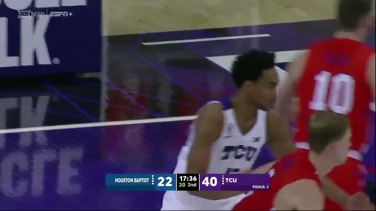 .@mrobannon5 with the steal and the jam!  Watch Live ➡️ https://t.co/APZzvTMlvs  #GoFrogs 😈 https://t.co/E4327roh8W
