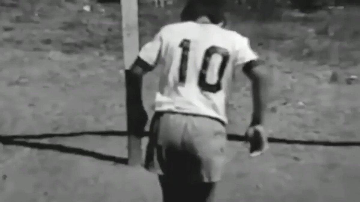 Diego, siempre vas a ser #Eterno en nuestros corazones.   Gracias por todo 💙🇦🇷