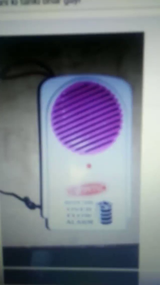 @akshaykumar @CNNnews18 @harpic_india We can use water alarms at homes, which leads to huge water savings! Lot of times people forget to switch off motor pumps! In10 mins alone more than 250 liters get into the drain! Costs hardly 700-800 Rs. but does wonder! #merijalpratigya #missionpaani This is in our hands to do!