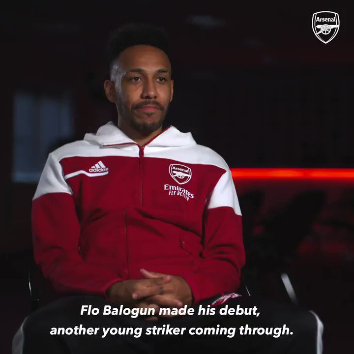 """⚡ @Aubameyang7 knows...   💬 """"He's very 𝘃𝗲𝗿𝘆 talented... he shows every time he trains that he's a really great talent. He works a lot and he's a humble guy as well. I like his style.""""   Yep, that's Flo Balogun! 🥰"""