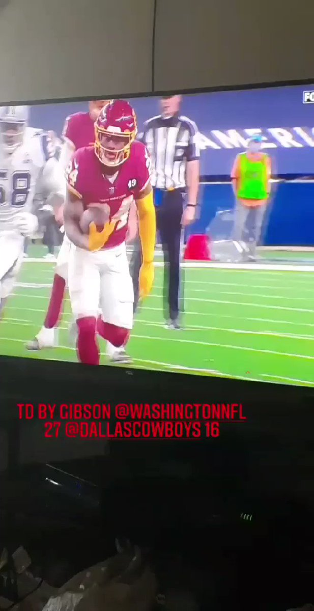 2nd TD by @AntonioGibson14 as @WashingtonNFL leads @dallascowboys 27-16 in the 4th Quarter. #HappyThanksgiving #NFL #NFLonFox #WASvsDAL #WashingtonFootball #DallasCowboys #HTTWFT