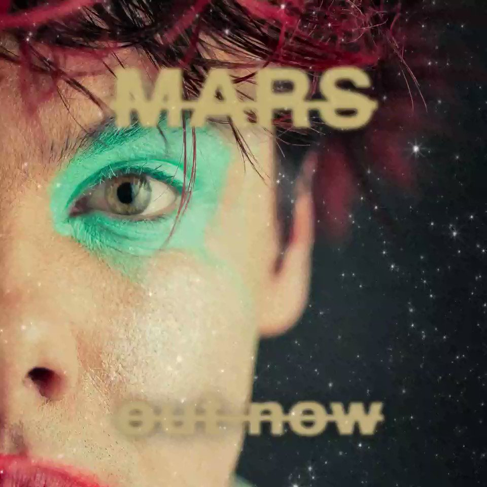 Replying to @yungblud: MARS out now!!! 🖤👽🖤
