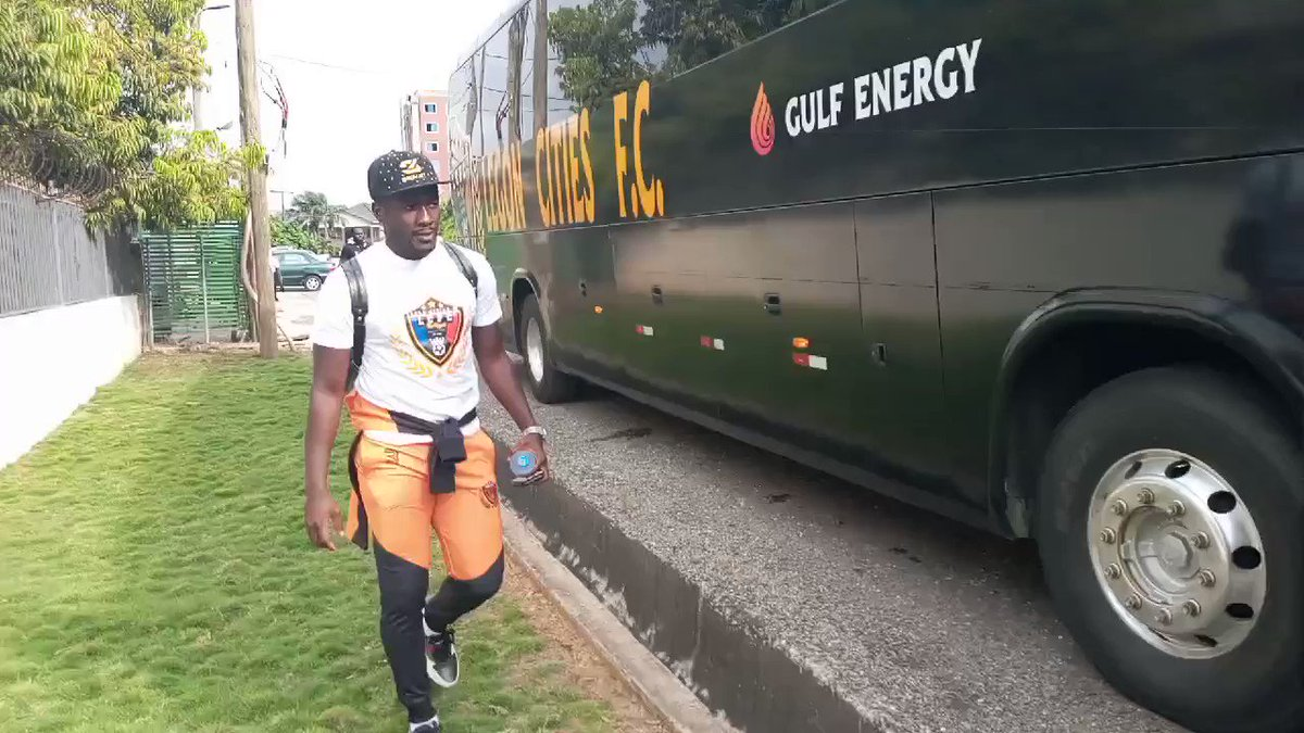 See who is boarding the team bus for the game against @MedeamaSC tonight....@ASAMOAH_GYAN3  #TheRoyals  #WeDeliver  #GhanaPremierLeague  #gplwk3  #BringBackTheLove