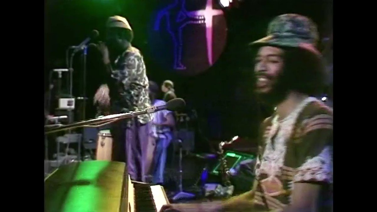 The weekend starts here with Gil Scott-Heron performing Johannesburg live on OGWT in 1976. Just found this gem on an old VHS tape and added the full recording to my Lockdown Disco playlist at youtube.com/playlist?list=…