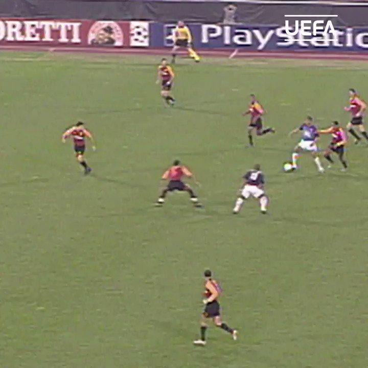 🗓 18年前、#アンリ がローマでハットトリック... 😍   #UCL   @Arsenal