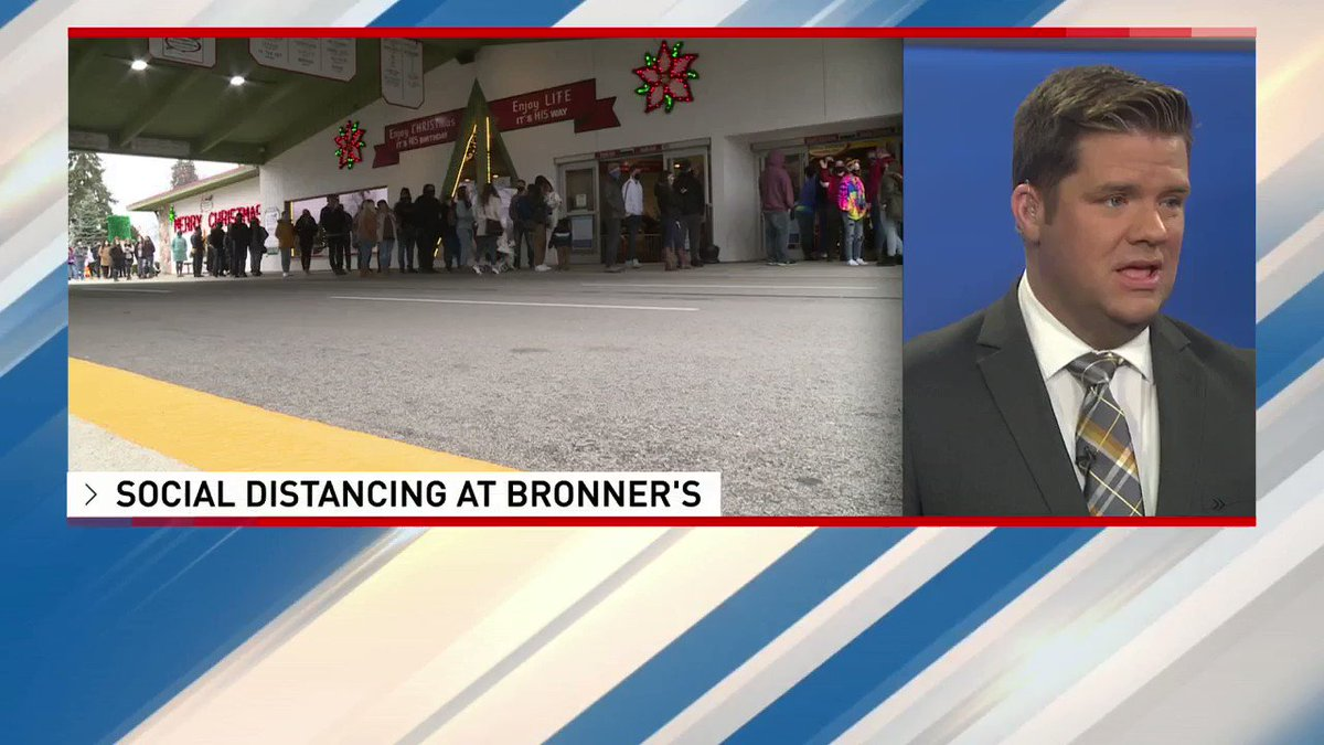 Bronner's CHRISTmas Wonderland saw large crowds on this Black Friday. See how they are social distancing below: https://t.co/ZmXP12iWFA https://t.co/aczRxTBJkp