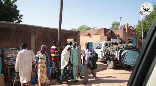 وفد جمعية الإغاثة الإنسانية في #النيجر .. لإقامة مخيم العيون الطبي التي ساهمتم بها في مشاريع #الراحمون  جعلها الله في موازين أعمالكم