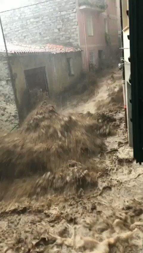 Image for the Tweet beginning: Disaster unfolding in Bitti, Sardinia