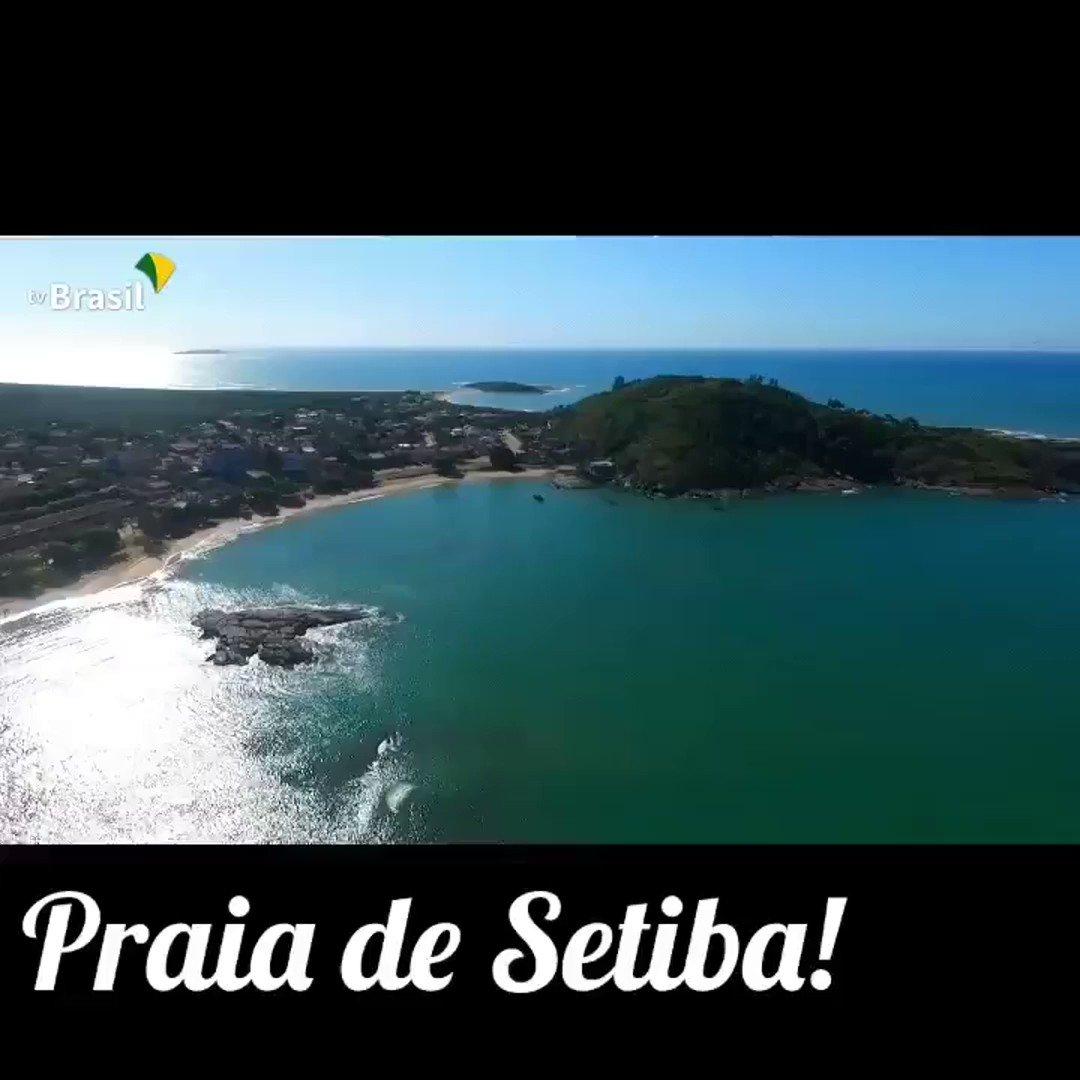 A #Praia de #Setiba é a Praia da #familia em #Guarapari. Imagens TV BRASIL  FIQUE PERTO DA PRAIA! Conheça a Praia Do Morro, a Praia da Cerca, Do Carlito, do Ermitão, etc.  #DescubraoES #MTur #viajarbarato #vamosviajar #turismoseguro #turistaprotegido #turismoresponsavel