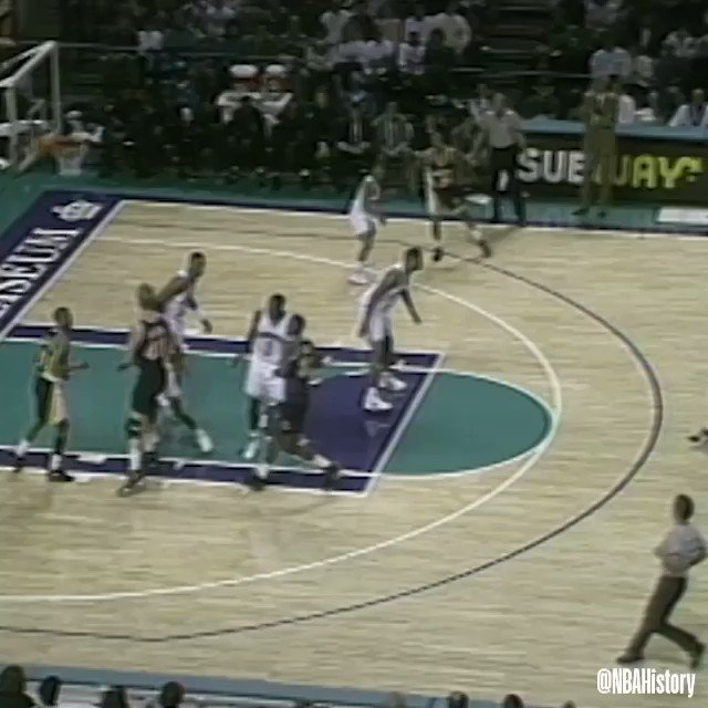On this day in 1992, Reggie Miller scored a career-high 57 points, setting a ⁦@Pacers⁩ franchise record in the win! #NBAVault https://t.co/WLB9cPxF4R