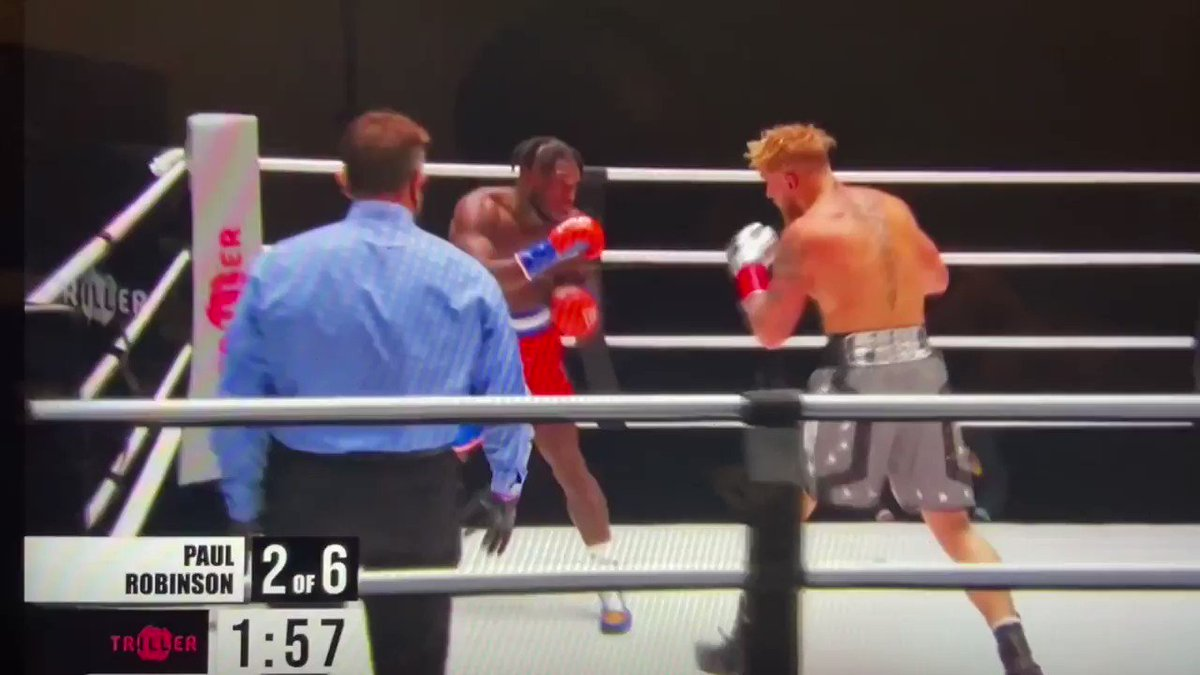 Nate had no business being in this ring lmao. Man bounced across the canvas. #boxing #fightnight #tysonvsjonesjr