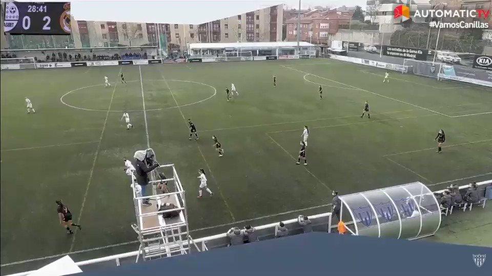 Tercer gol de las chicas de @masopuerta que dejan sentenciado el choque   @CDMagerit 0 - @realmadridfem 3  #HalaMadrid | #RMCity
