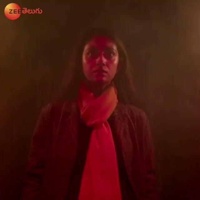 Watch intense suspense thriller #Penguin Playing Now on #ZeeTelugu   #WorldTelevisionPremiere   @KeerthyOfficial @EashvarKarthic @Music_Santhosh