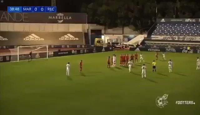 🎞 ¡¡ Así fue el primer golazo de 🏴☠️ @eGranero11 con el @marbella_fc !!  2️⃣ #MarbellaFC  0️⃣ @recreoficial