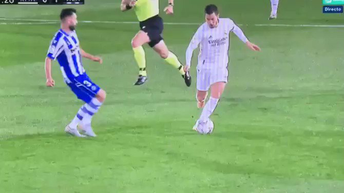 I think RM/ZZ should start putting more pressure on La Liga/RFEF given the challenges players (especially Hazard) are facing.  It is completely natural for such players to be taken down, but there's been far too many games where tackles like this gone w/o punishment. #RMLiga