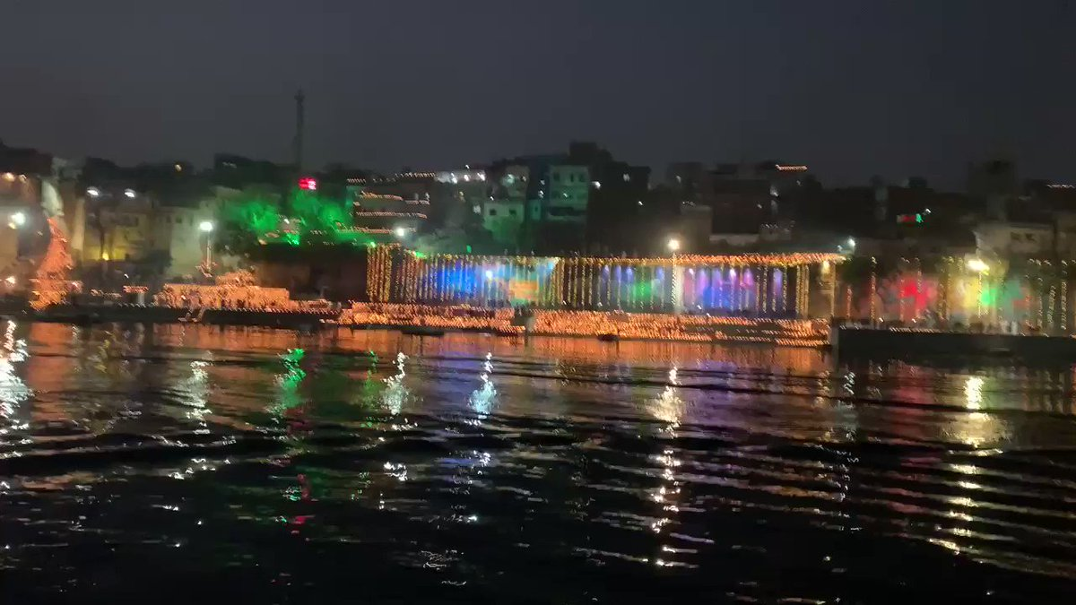 Spectacular Kashi on Dev Deepavali.