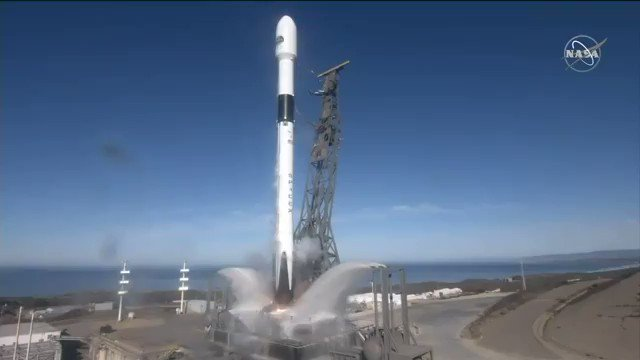 The ocean-observing Sentinel-6 Michael Freilich satellite launched from Vandenberg Air Force Base in California aboard a SpaceX Falcon 9 rocket on Nov. 21, 2020 at 12:17 p.m. EST (9:17 a.m. PST, 5:17 p.m. UTC).  Image/video credits: @NASA   #rocket #Sentinel6 #spaceX #falcon9