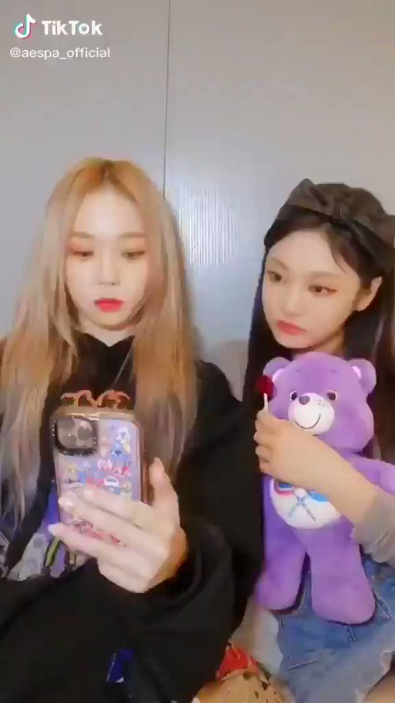 Aespa Pics On Twitter Aespa Tiktok Update With Winter And Ningning Aespa Aespa Official