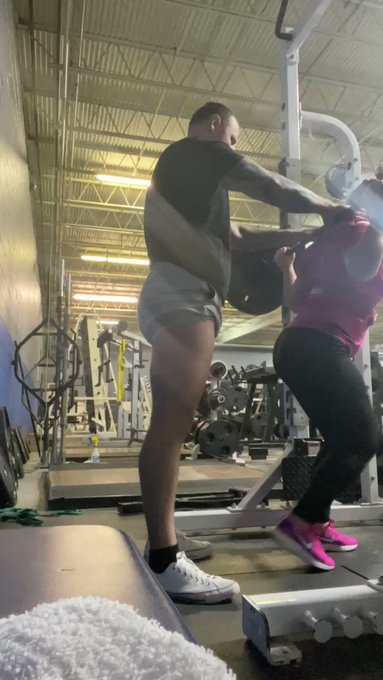 8x4 @ 240lbs 🔥 https://t.co/87dAWUOxor