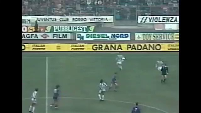 #OnThisDay in 1994, Alessandro Del Piero scored this stunner against Fiorentina to win a game in which Juventus were two goals down.  Where does this rank in Del Piero's catalogue?