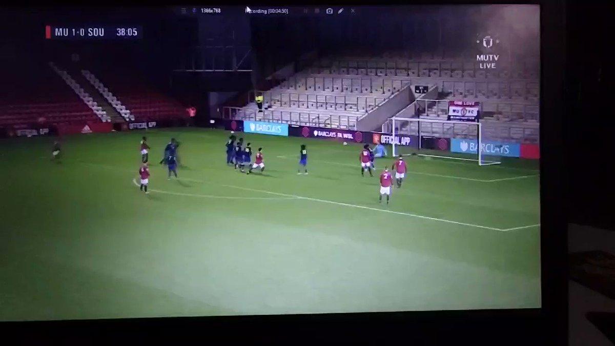 🏃 #MUAcademy U23's Match Alert 🚨 38' Elanga opens the score! 1-0 #GGMU 🔴